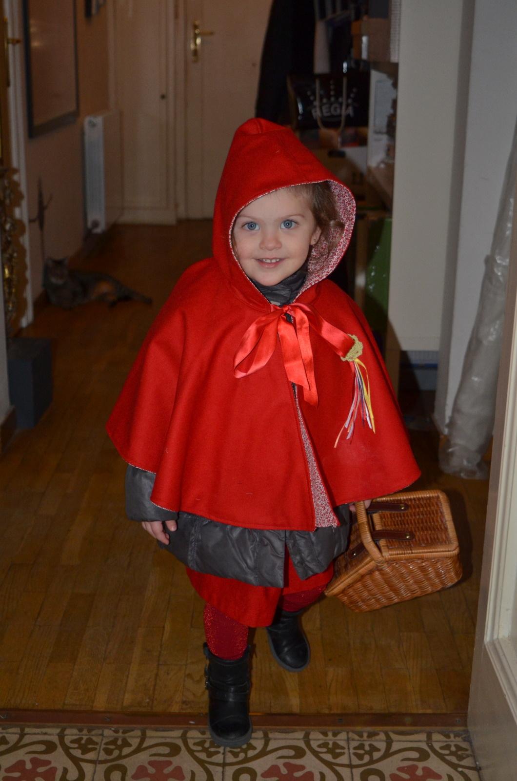 este es el vestido de caperucita roja